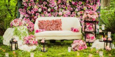 Цветочная фотозона на свадьбу